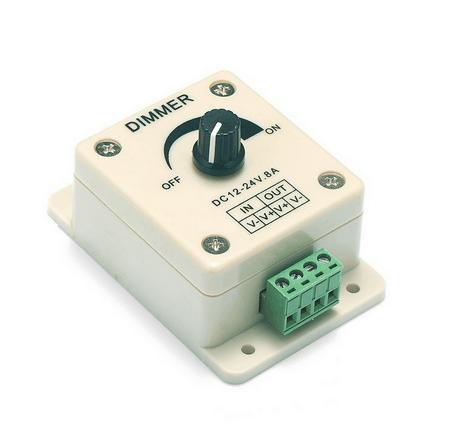 Sturdy 8A Dimmer Switch2